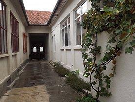 Casa de vânzare 3 camere, în Lugoj, zona Central
