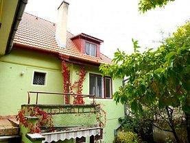 Casa de închiriat 5 camere, în Brasov, zona Brasovul Vechi