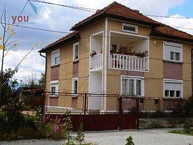 Casa de vânzare 5 camere, în Hateg, zona Central