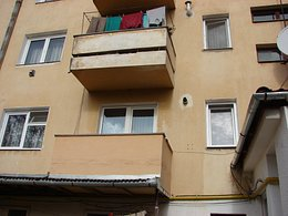 Apartament de vânzare, 2 camere, în Targu Secuiesc, zona Central
