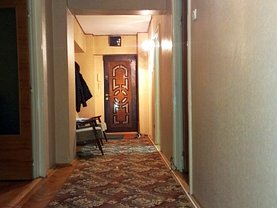 Apartament de vânzare 4 camere, în Braila, zona Calarasi