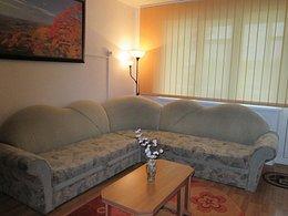 Apartament de vânzare, o cameră, în Onesti, zona Central