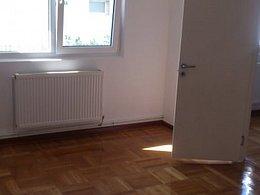 Apartament de vânzare, 2 camere, în Campina, zona Cuza