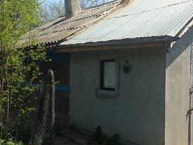 Casa 4 camere în Dor Marunt