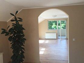 Apartament de vânzare 3 camere, în Sannicolau Mare, zona Central