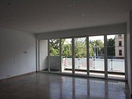 Apartament de vânzare, 3 camere, în Bucuresti, zona Jiului