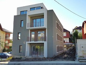 Apartament de vânzare 5 camere, în Cluj-Napoca, zona Campului