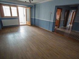 Apartament de vânzare 3 camere, în Pitesti, zona Ultracentral