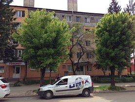 Apartament de vânzare 3 camere, în Baia Mare, zona Decebal