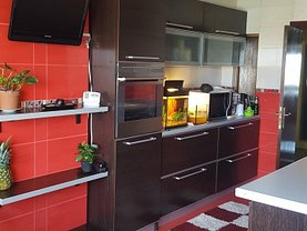 Apartament de vânzare 3 camere, în Galati, zona Faleza