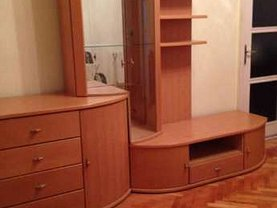 Apartament de închiriat 3 camere, în Resita, zona Lunca