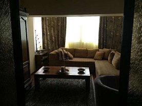 Apartament de vânzare 3 camere, în Targu-Jiu, zona Ultracentral