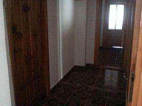 Apartament de închiriat 4 camere, în Buzau, zona Unirii Sud
