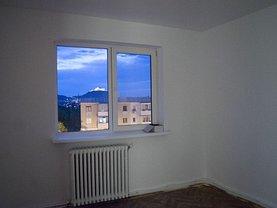 Apartament de vânzare 2 camere, în Deva, zona Balcescu