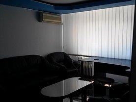 Apartament de vânzare 4 camere, în Buzau, zona Dorobanti 1