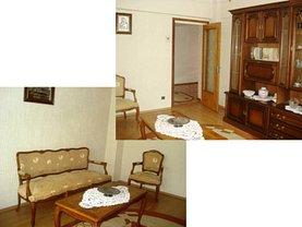 Apartament de vânzare 4 camere, în Campina, zona Central