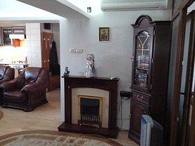 Apartament de vânzare 4 camere, în Hunedoara, zona Central