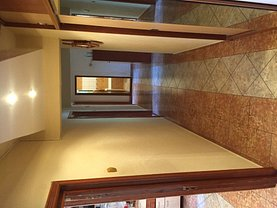 Apartament de vânzare 4 camere, în Constanta, zona Gara