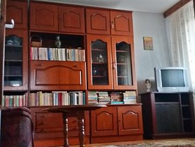 Apartament de închiriat 3 camere, în Galati, zona Piata Centrala