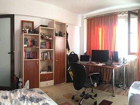 Apartament de închiriat 3 camere, în Iasi, zona Independentei
