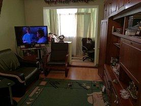 Apartament de vânzare 3 camere, în Pitesti, zona Popa Sapca