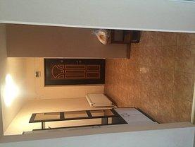 Apartament de vânzare 2 camere, în Pitesti, zona Rolast