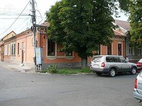 Apartament de închiriat 4 camere în Oradea, Eminescu