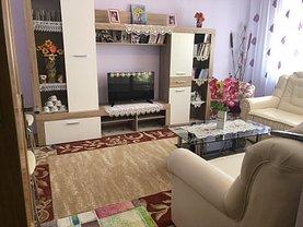 Apartament de vânzare 3 camere în Saveni, Central