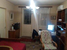Apartament de vânzare 3 camere în Tulcea, Central