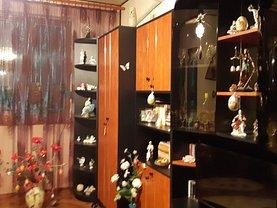 Apartament de vânzare 3 camere în Calarasi, Sud