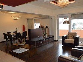 Apartament de vânzare 4 camere, în Oradea, zona Central