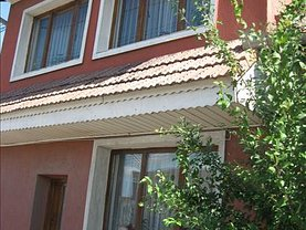 Casa de vânzare 6 camere, în Santion