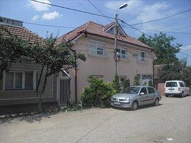 Casa de vânzare 12 camere, în Oradea, zona Iosia