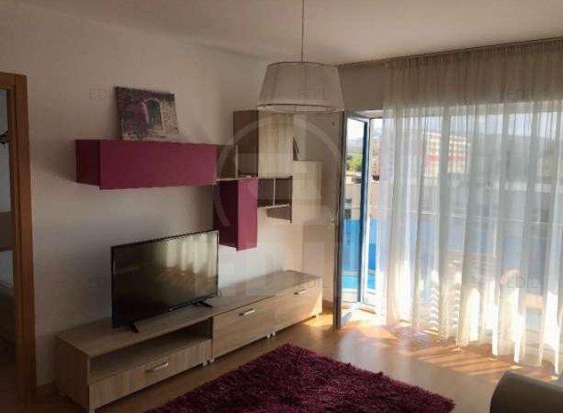 Inchiriere Apartament 2 camere semidecomandat, 40 mp, Etajul 5 din 10