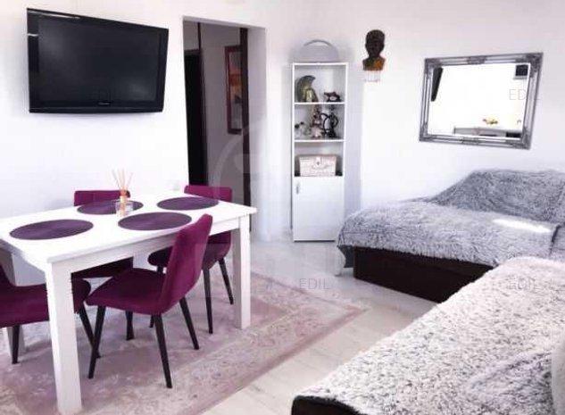 Vanzare Apartament 3 camere semidecomandat, 60 mp, Etajul 5 din 5