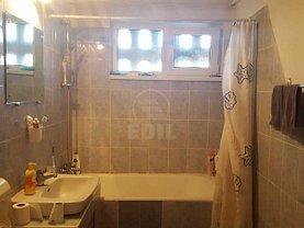Apartament de vânzare 4 camere în Cluj-Napoca, Manastur