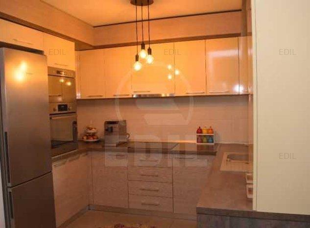 Vanzare Apartament 3 camere decomandat, 80 mp, Etajul parter din 2