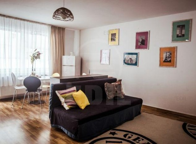 Inchiriere Apartament 2 camere semidecomandat, 42 mp, Etajul 1 din 6