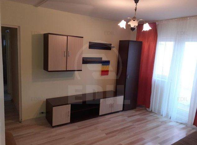 Inchiriere Apartament 3 camere semidecomandat, 56 mp, Etajul 3 din 4