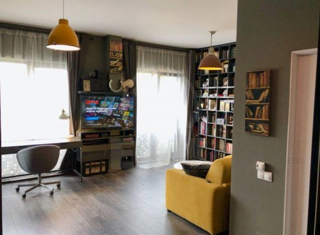 Vanzare Apartament 2 camere semidecomandat, 45 mp, Etajul 2 din 4