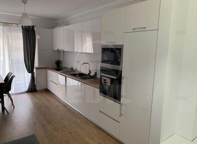 Inchiriere Apartament 2 camere semidecomandat, 45 mp, Etajul 3 din 4