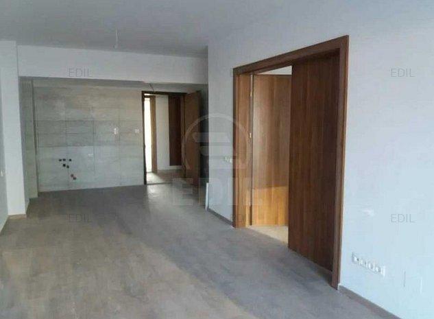 Vanzare Apartament 2 camere semidecomandat, 43 mp, Etajul 3 din 7