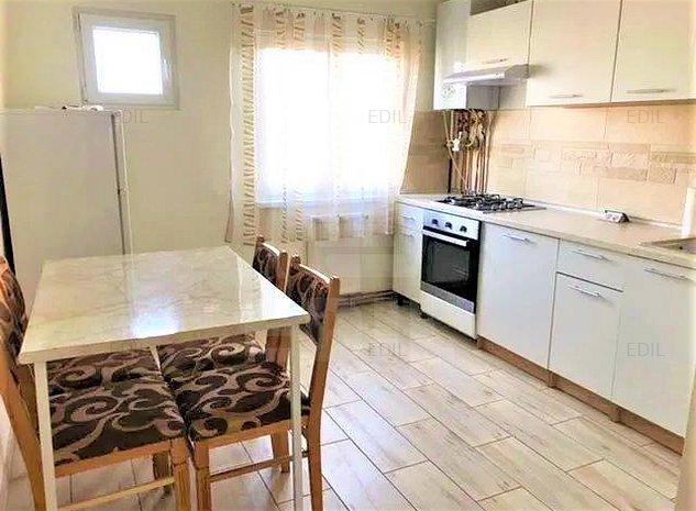 Vanzare Apartament 3 camere decomandat, 65 mp, Etajul 8 din 9