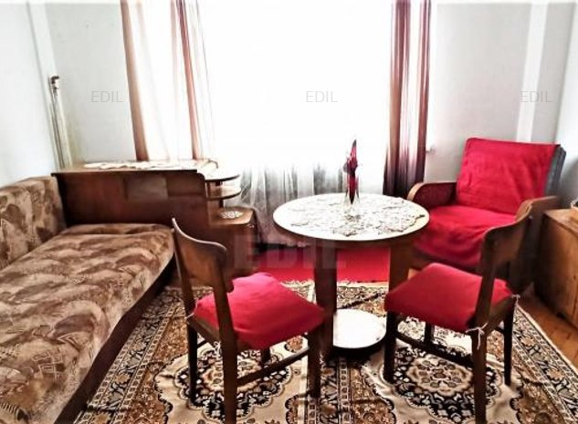 Vanzare Apartament 3 camere semidecomandat, 67 mp, Etajul 7 din 8