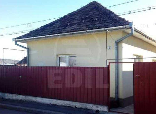 Vanzare Casa 3 camere; 105 mp; 1 baie