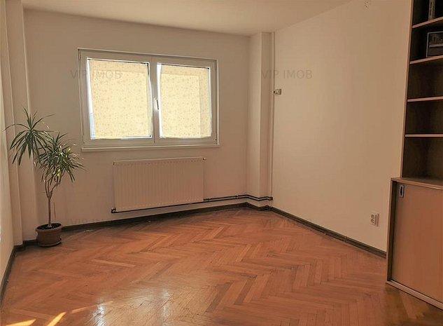 Apartament 3 camere Astra - imaginea 1