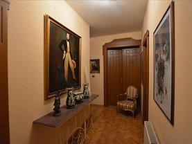 Apartament de vânzare 3 camere, în Timişoara, zona Ultracentral