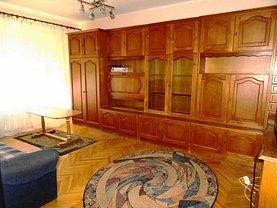 Apartament de închiriat 3 camere în Oradea, Nufarul