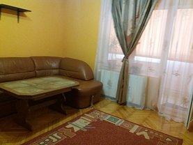 Apartament de vânzare 4 camere, în Oradea, zona Decebal