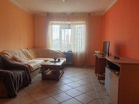 Apartament de închiriat 4 camere, în Oradea, zona Calea Aradului